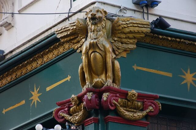 lion morning star pub belfast by Albert Bridge