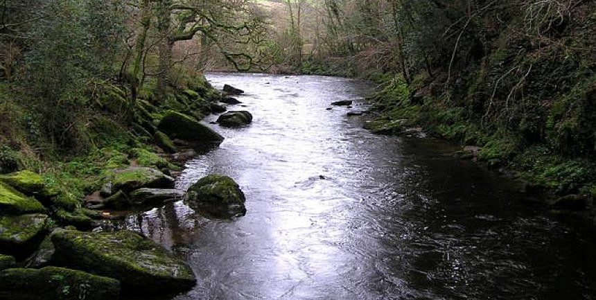 Ireland River Roe by Dungiven, Derry by Kenneth Allen