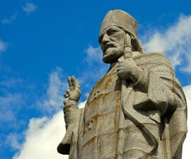 Saint Patrick statur, northern ireland by Albert Bridge