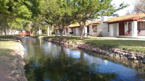 Balmorhea State Park TX cabins near spring-fed waters (photo by Sheila Scarborough)