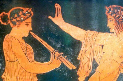 Musical figures (Greek-Attic, 420-410 BCE, att. to the Kadmos Painter) in Austin's Blanton Museum of Art (photo by Sheila Scarborough)