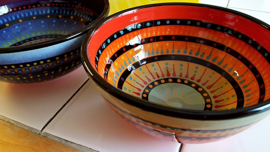 Bowls by Roger Allen Pottery StarKeeper Gallery at Chicken Farm Art Center San Angelo TX (photo by Sheila Scarborough)