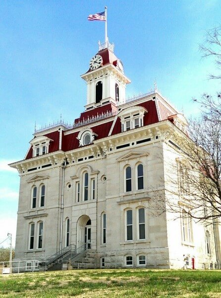 Chase County Courthouse in Cottonwood Falls Kansas (photo by Sheila Scarborough)