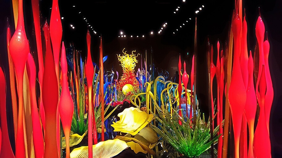 Chihuly Mille Fiori room Seattle horizontal (photo by Sheila Scarborough)