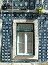 A sample of the old tile work around Lisbon windows