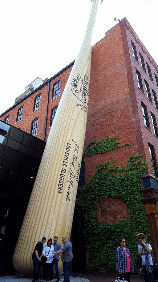 Entrance to Louisville Slugger Museum and Factory with giant bat (photo by Sheila Scarborough)