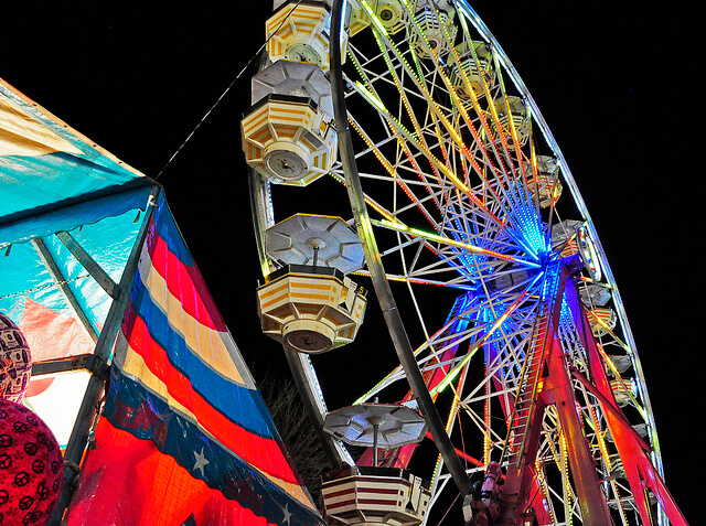 Evening at the carnival in Oxford Michigan (courtesy AcrylicArtist at Flickr CC)