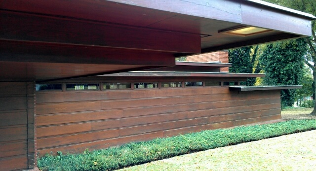 Exterior detail Frank Lloyd Wright Rosenbaum House Florence Alabama (photo by Sheila Scarborough)
