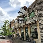 Exterior of Texan Cafe downtown Hutto TX (photo by Sheila Scarborough)