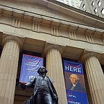 George Washington statue at Federal Hall on Wall Street in New York (photo by Sheila Scarborough)