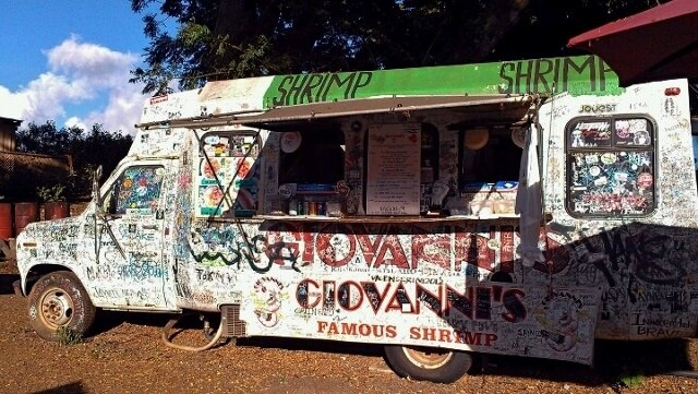 Giovanni's shrimp truck Oahu North Shore (photo by Sheila Scarborough)