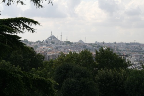 View over to Süleymaniye Mosque from the Topkapi Palace Harem (photo by author)