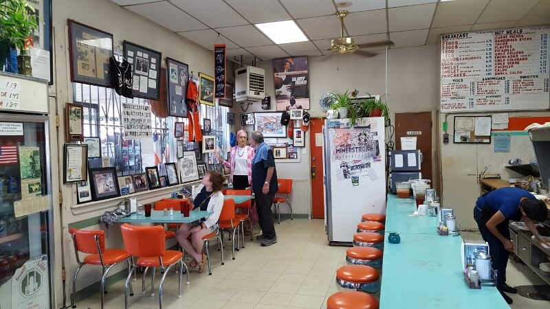 Inside the H&H Car Wash and Coffee Shop in El Paso TX (photo by Sheila Scarborough)
