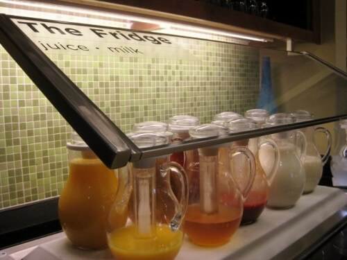 Juice and milk breakfast lineup at Hyatt Place Denver Airport (photo by Sheila Scarborough)