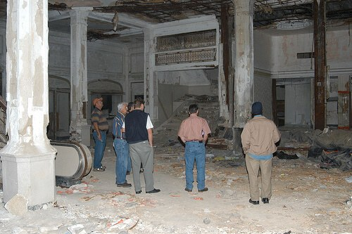 King Edward Hotel Jackson lobby in 2006 before renovation (courtesy marklyon at Flickr CC)