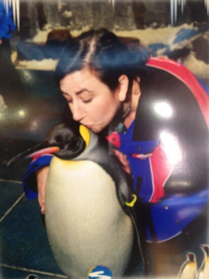 Kissing a Penguin in Dubai