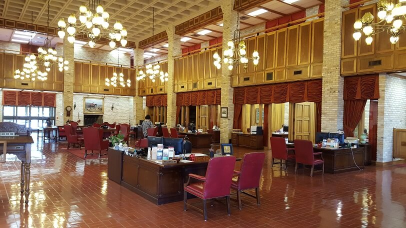 Lobby interior First State Bank in Uvalde TX (photo by Sheila Scarborough)