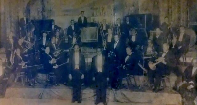Memphis Blues Band with WC Handy 1919 with Deagan Organ Chimes in background (original photo is at WC Handy birthplace Florence AL)
