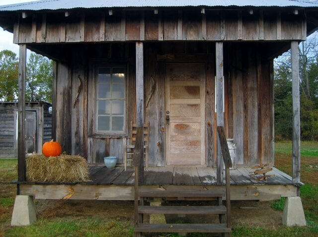 Miss Nellie's house Tallahatchie Flats Greenwood MS (photo by Sheila Scarborough)