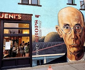 Mural tribute to American Gothic at Jenis Splendid Ice Creams Short North Columbus OH (photo by Sheila Scarborough)