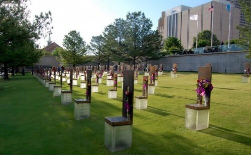 Oklahoma City Natl Memorial and Museum outdoor empty chair tribute (courtesy OKCNM on Facebook)