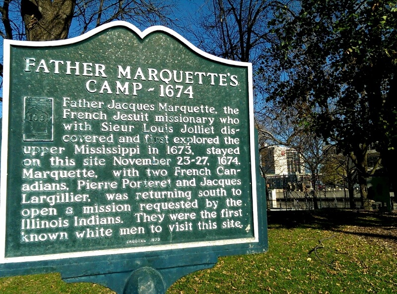 Pere Marquette Park Milwaukee historical marker (photo by Sheila Scarborough)