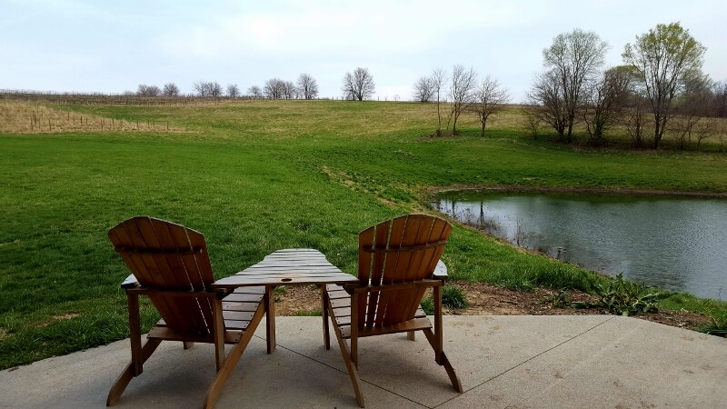 Relaxation spot Bodega Victoriana winery Loess Hills Iowa (photo by Sheila Scarborough)