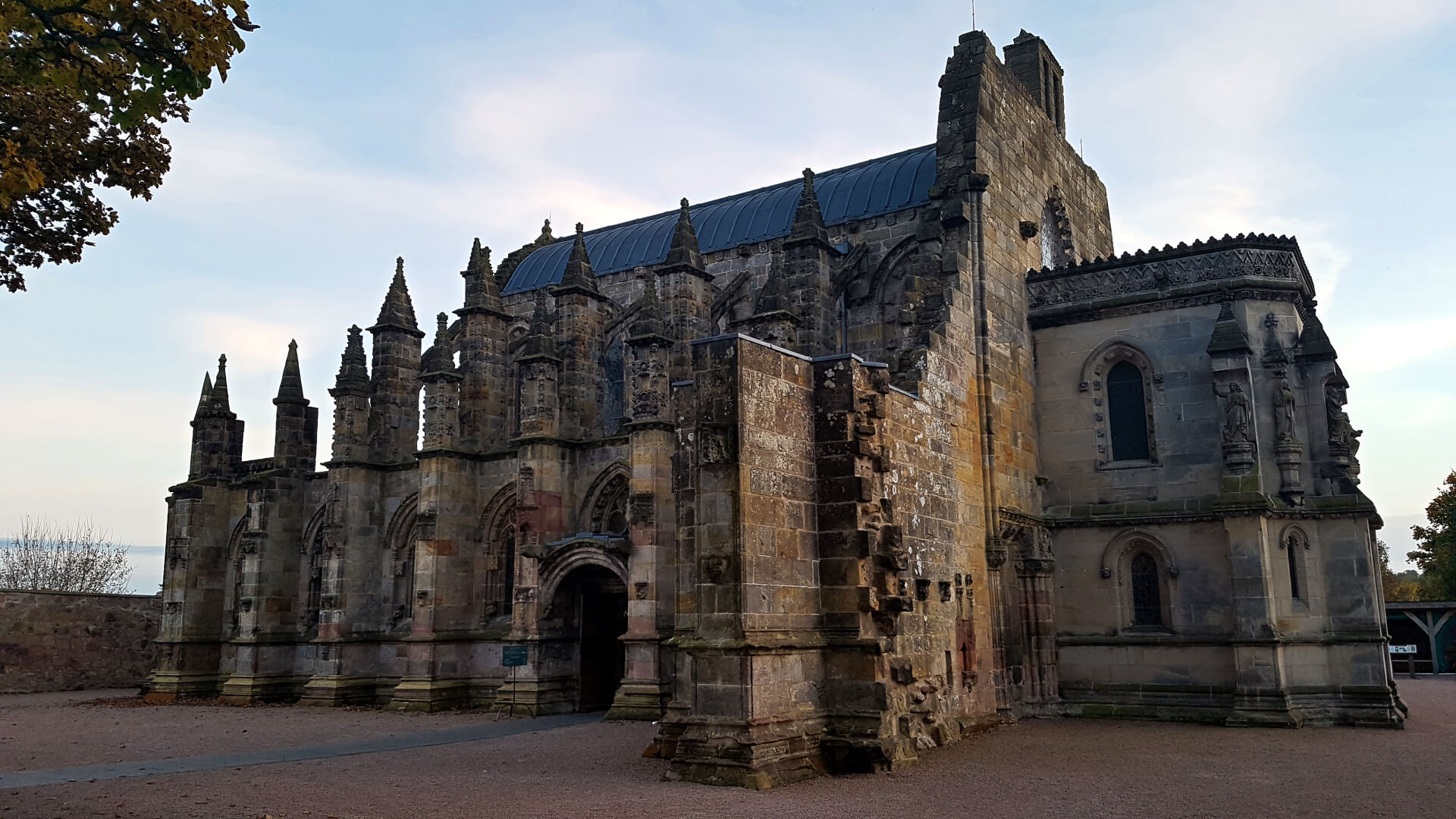 Come Find The Holy Grail At The Rosslyn Chapel