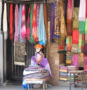 Shopping for pashminas in istanbul