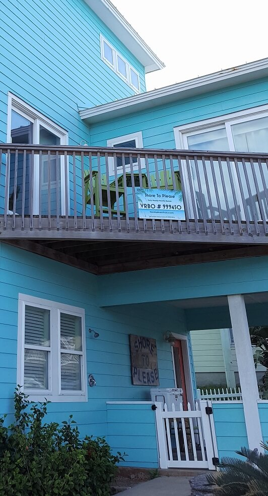 Shore To Please rental property in Port Aransas TX late April 2018 (photo by Sheila Scarborough)