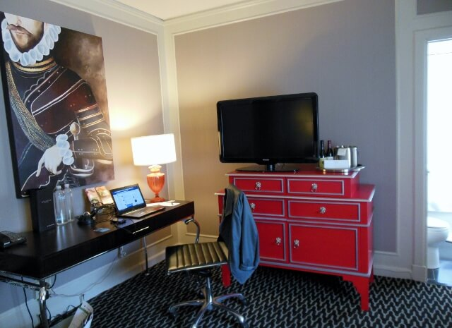 Sir Francis Drake Hotel Union Square San Francisco desk area (photo by Sheila Scarborough)