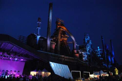 SteelStacks night concert (courtesy Lehigh Valley PA at Flickr CC)