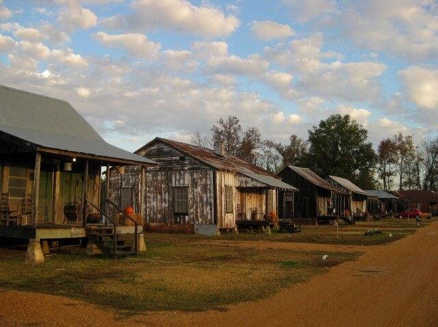 Sunrise on the Tallahatchie Flats houses Greenwood MS (photo by Sheila Scarborough)