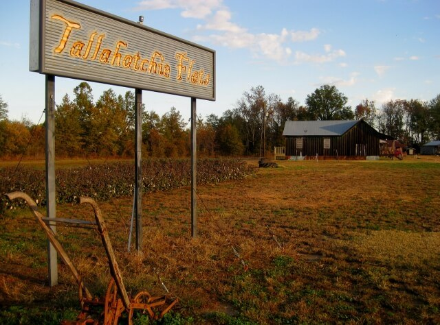 Tallahatchie Flats sign at entrance in Greenwood MS (photo by Sheila Scarborough)