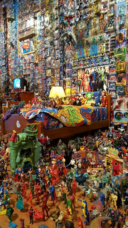 The WOW imaginary bedroom at Toy & Action Figure Museum Pauls Valley OK (photo by Sheila Scarborough)