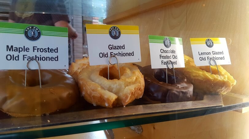 Top Pot Doughnuts Alki Beach West Seattle (photo by Sheila Scarborough)