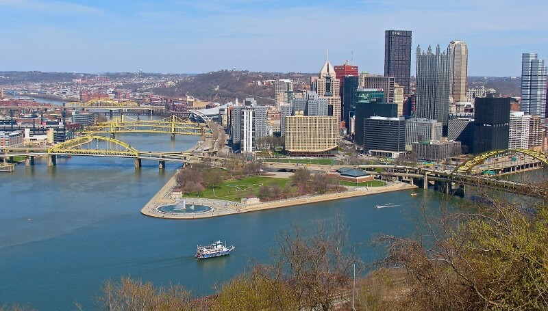 View of Point State Park Pittsburgh PA (courtesy Steve Elgersma on Flickr CC)