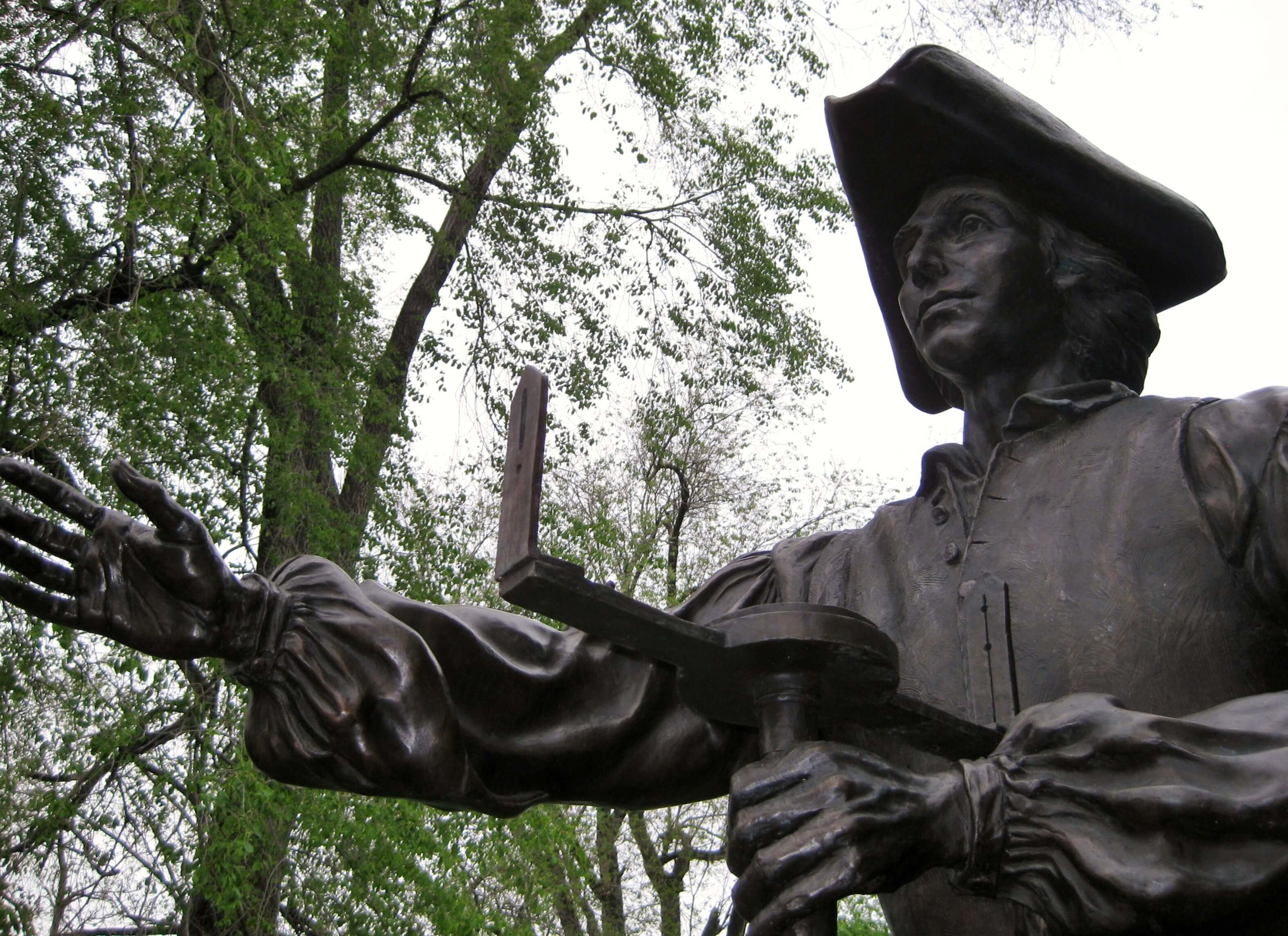 Statue of young Virginia surveyor George Washington (photo by Sheila Scarborough)
