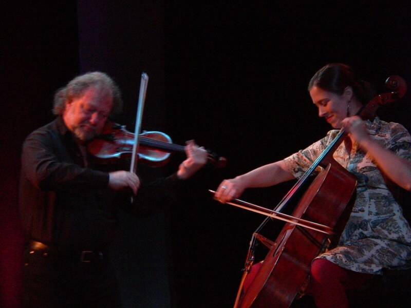Alasdair Fraser Natlaie Haas at Celtic Connections by Kerry Dexter