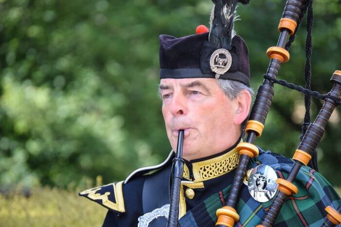 scotland bagpipes gentleman