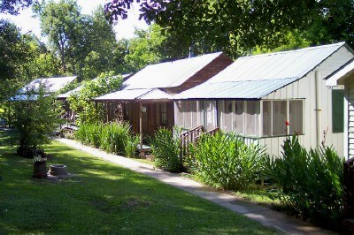 Bayou Cabins in Breaux Bridge, Louisiana (photo by Sheila Scarborough)