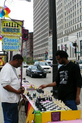 Chicago street chess players on Michigan Ave. (photo by Sheila Scarborough)