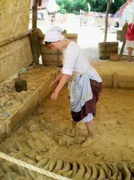 Colonial Williamsburg historic interpreters aren't afraid to get messy (Scarborough photo)