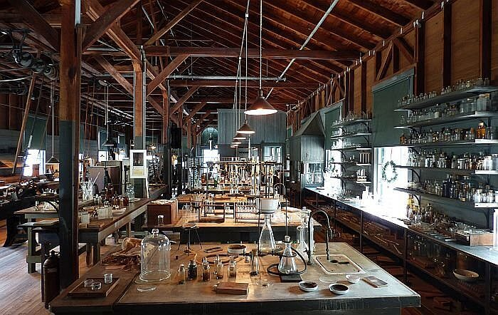 Thomas Edison botanical laboratory in Fort Myers winter estate