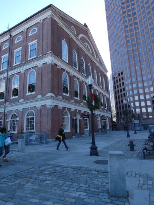 faneuil hall bsoton exterior
