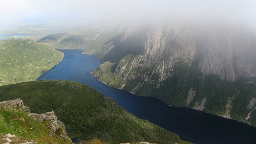 grosmorne-river-500