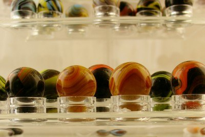 Kansas City Toy and Miniature Museum agate marbles (photo by Sheila Scarborough)