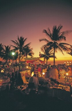 Mindil Beach Sunset Market (HRS; Copyright NTTC)