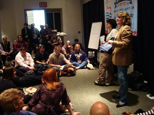 Pam Mandel and Sheila Scarborough talk travel blogging at SXSWi (photo courtesy BJMcCray at Flickr CC)