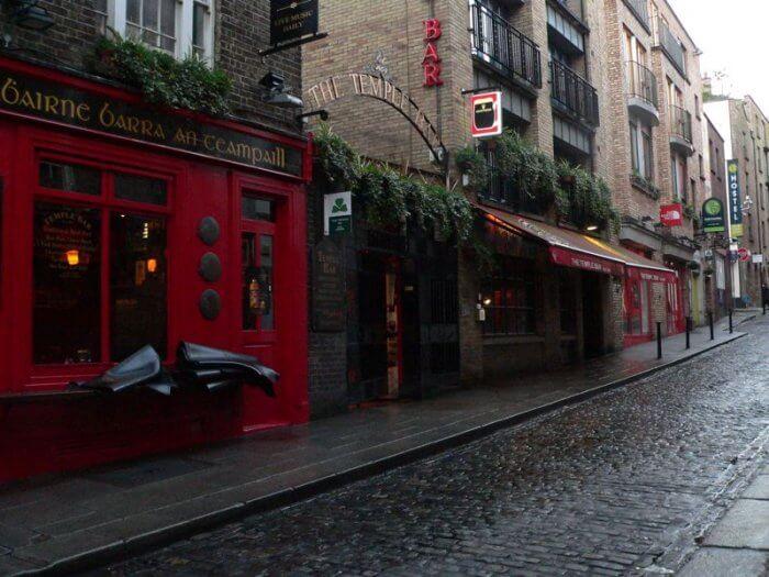 temple bar dublin Ireland street by kerry dexter